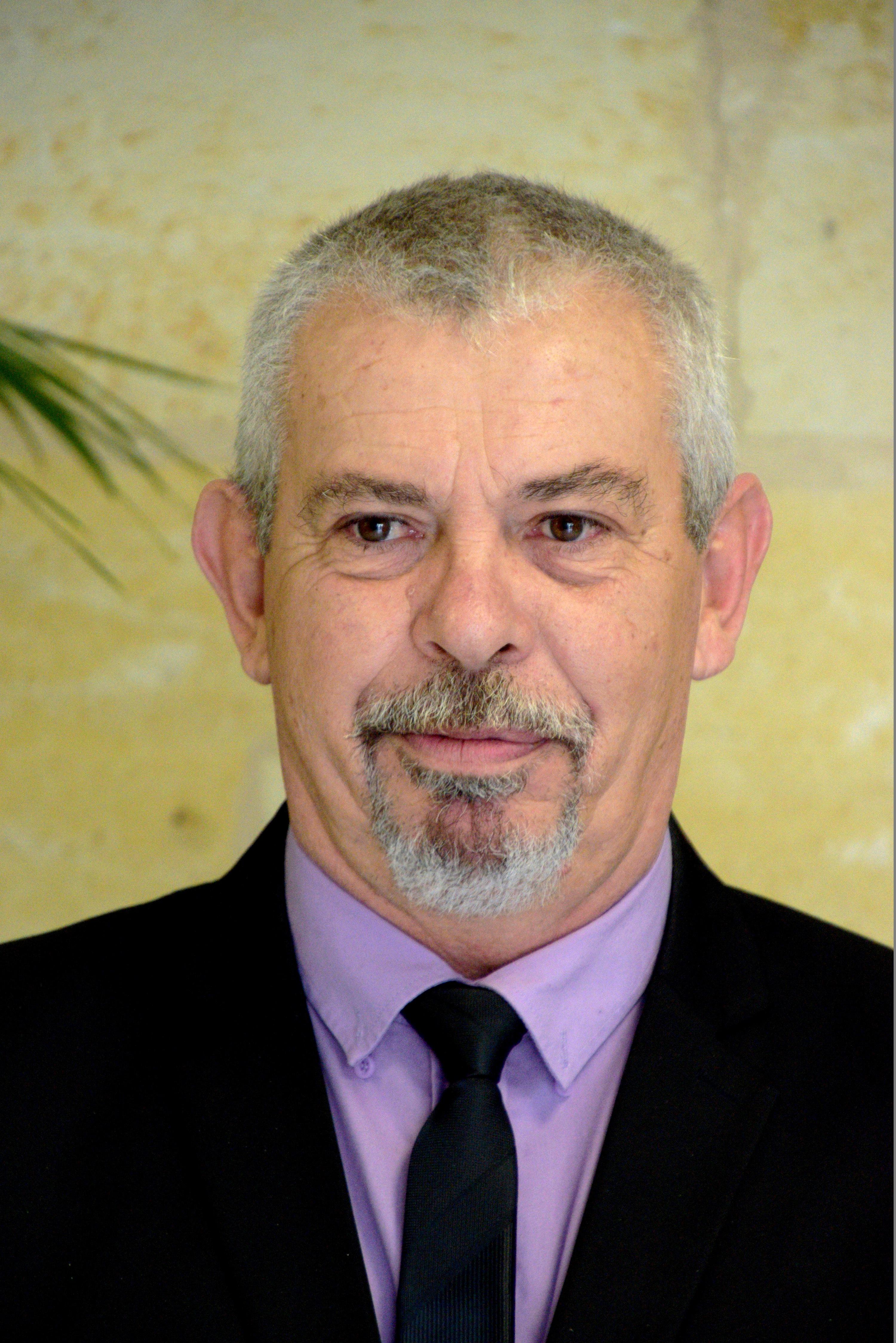 LANDRY Didier // En charge du Service Technique. Délégué aux travaux, à la voirie et aux réseaux, à l'entretien des bâtiments communaux et du matériel roulant ainsi qu'à l'accéssibilité